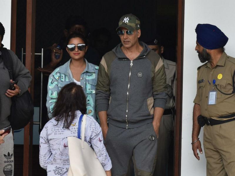 Shooting Stars: Akshay, Parineeti, Alia And Shilpa Spotted At The Airport