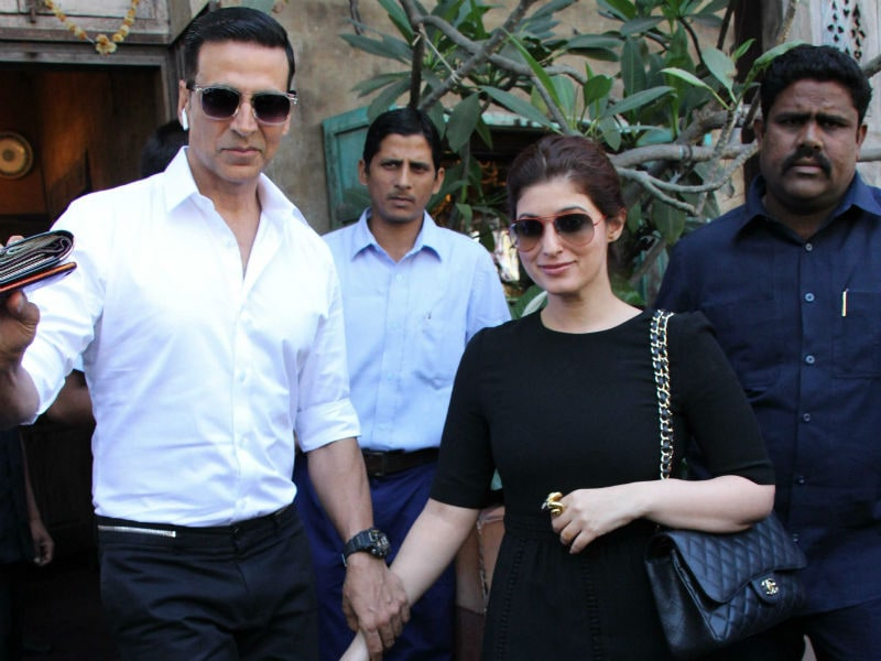 Akshay Has More Than '100 Crore' Reasons To Take Twinkle Out For A Lunch Date