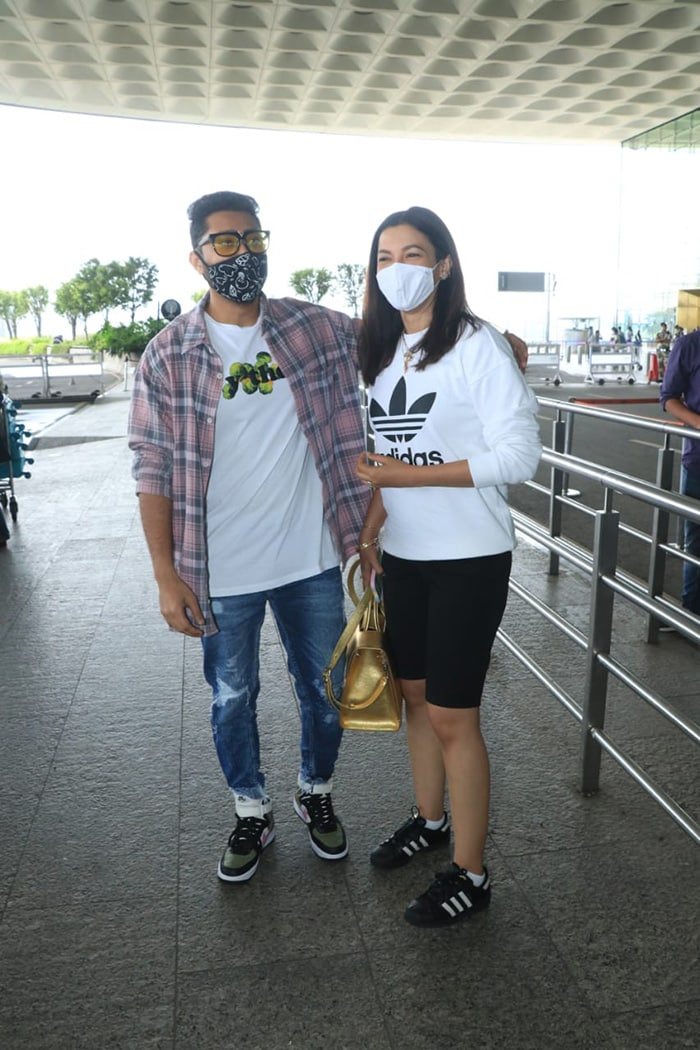 Celebrity couple Gauahar Khan and Zaid Darbar were also photographed at the airport.