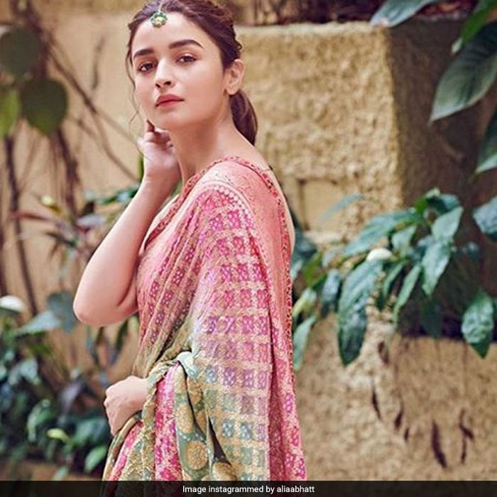 Alia Bhatt Channels Her Inner \'Roop\' And How