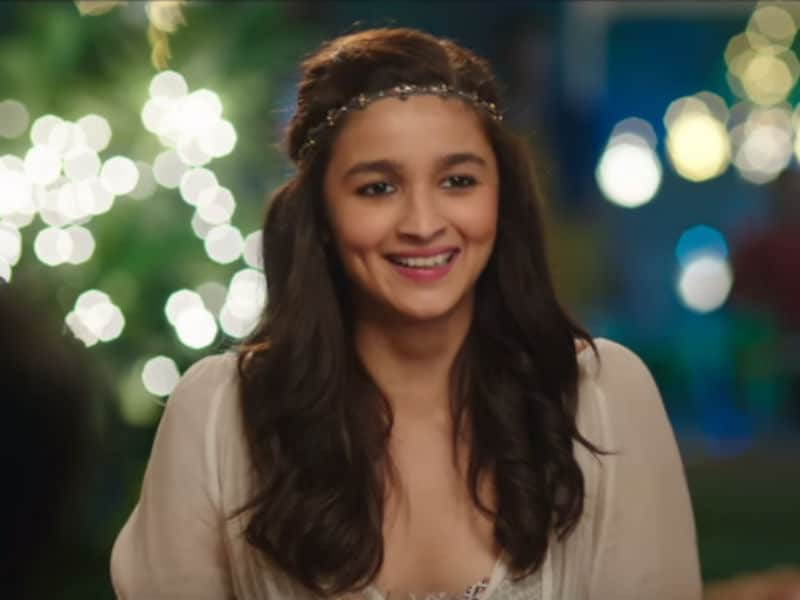 Happy Birthday Alia Bhatt, Ladki Beautiful@23