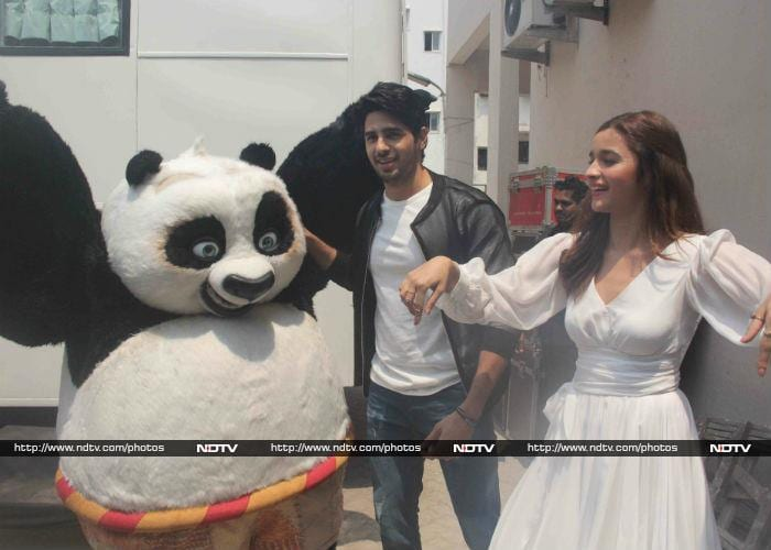 Kung Fu Alia And Kapoor And Sons