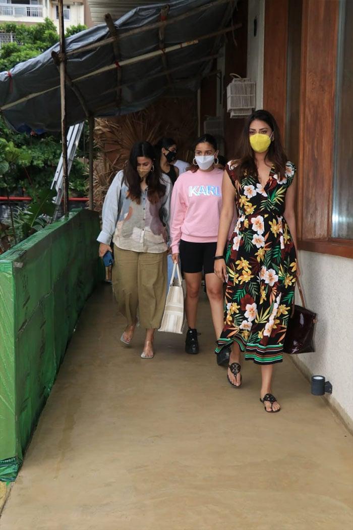 Actress Alia Bhatt was on Friday spotted outside Bastian restaurant in Mumbai with her sister Shaheen Bhatt and friend Anushka Ranjan.