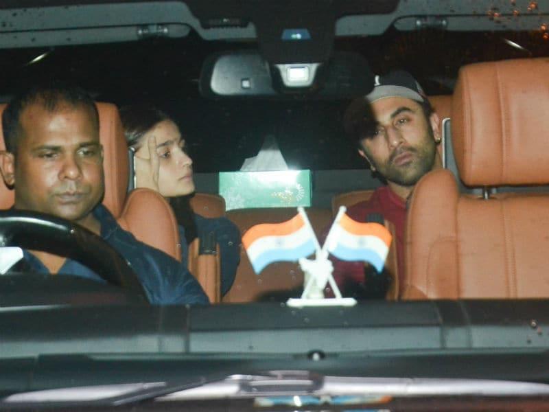 Alia Bhatt And Ranbir Kapoor's Late Night Rendezvous