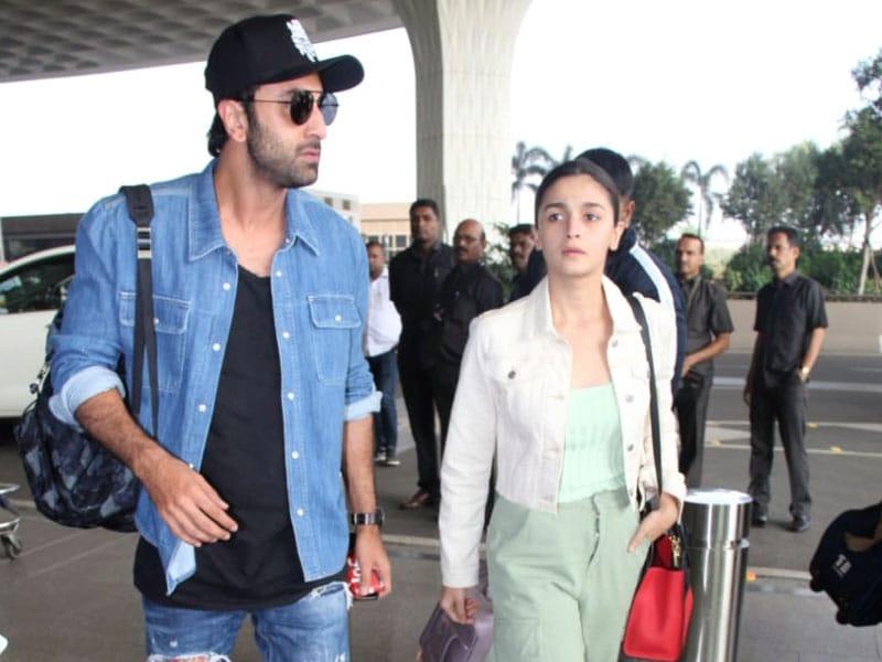 Couple Alert: Alia-Ranbir, Anushka-Virat Fly Out Of Mumbai