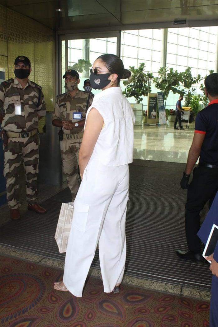 Ranbir Kapoor – Alia Bhatt