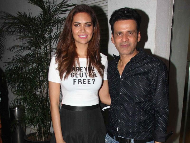 Esha Gupta Watches Aligarh With Manoj Bajpayee