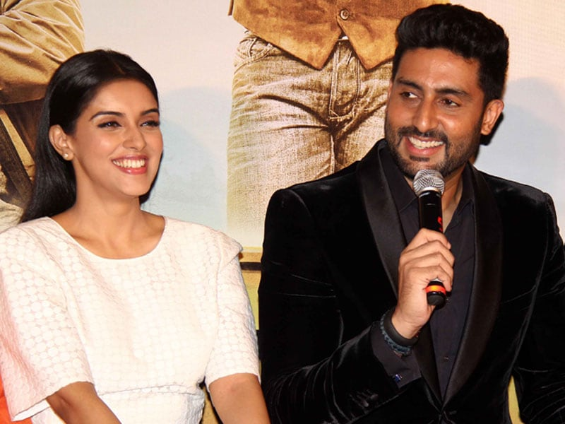 All Is Well With Abhishek, Asin Ahead of Road Trip