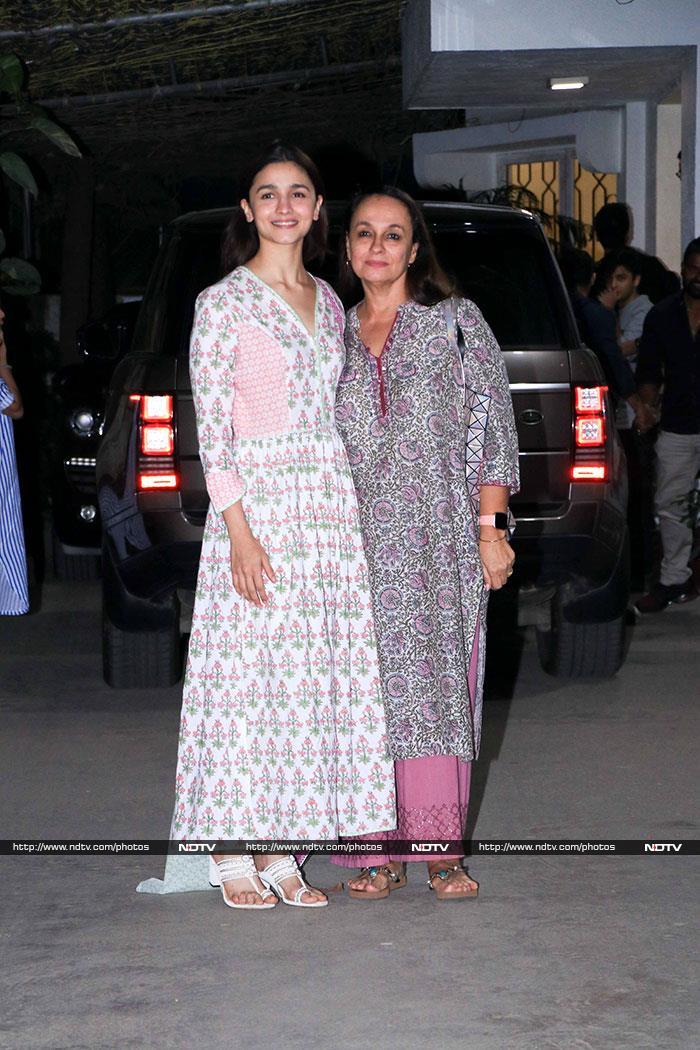 Alia Bhatt Watches Vicky Kaushal\'s Uri