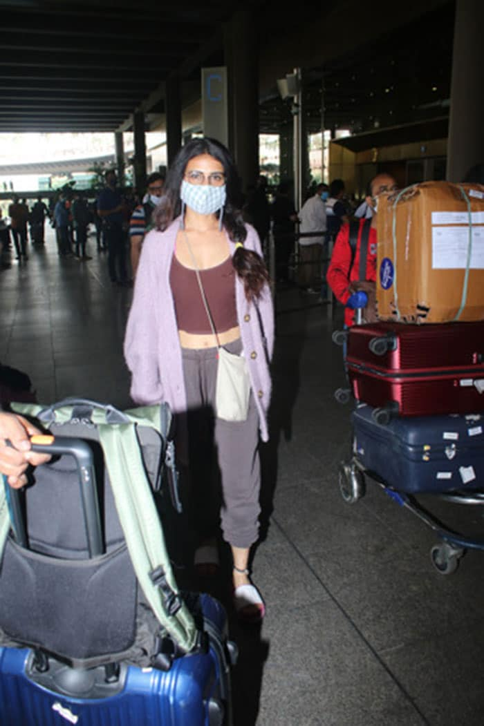It\'s Vacation Time For Shilpa-Raj, Aly-Jasmin And Other Stars