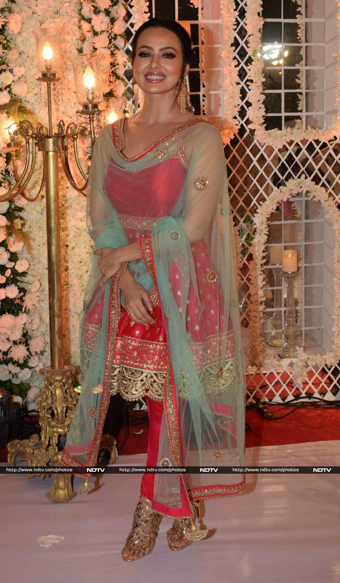 Inside Ameesha Patel\'s Well-Spent Sunday