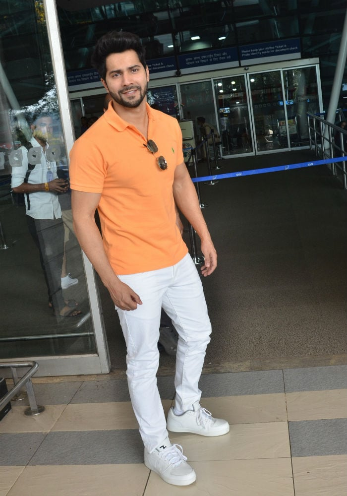 Ananya Panday And Varun Dhawan\'s Airport Diaries