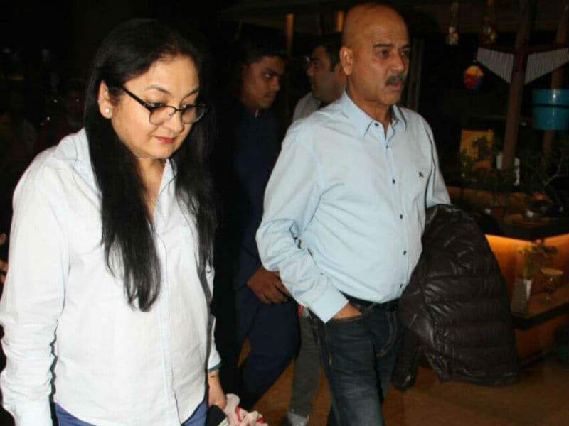 Anushka Sharma's Family Back From Italy Wedding