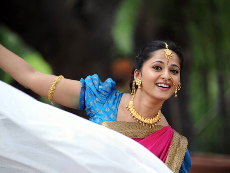 Happy Birthday, Anushka Shetty. Queen Of Hearts@37