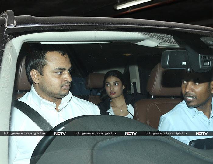Anushka-Virat, Athiya-KL Rahul Fly Back From New Year Vacations