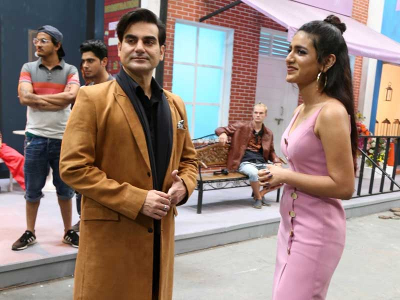 On Sets Of Sridevi Bungalow With Priya Prakash Varrier, Arbaaz Khan