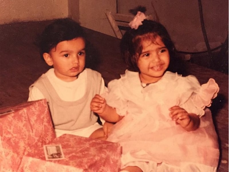Photo : Sonam and Anshula's Special Treat For Brother Arjun Kapoor on Birthday