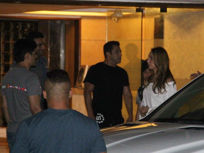 Tracking Salman Khan And Iulia Vantur's Whereabouts