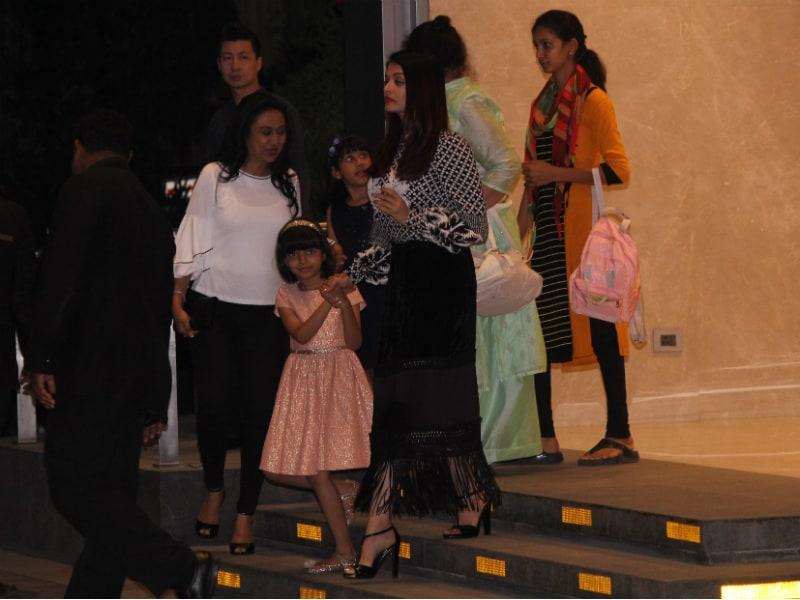 Aishwarya And Aaradhya Lit Up Mumbai