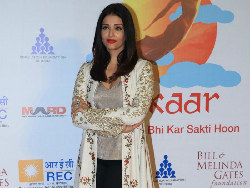 Aishwarya Rai Bachchan Lights Up Mumbai And How