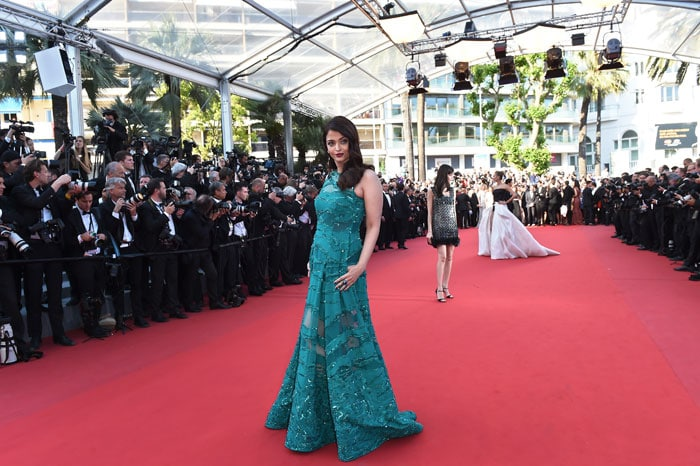 Cannes 2015: Envious Much? Aishwarya Rai Stuns in Elie Saab