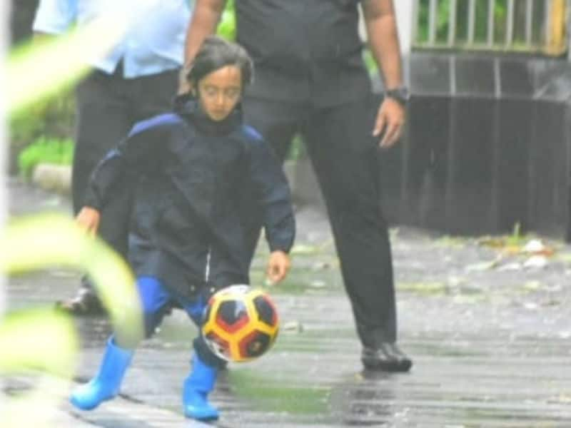 Azad's Football Play Date On A Rainy Date Is Super-Duper Cute