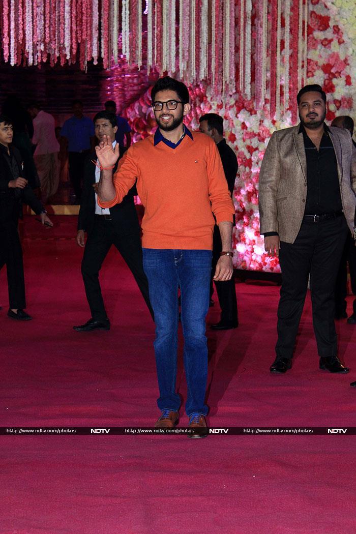 Salman Khan, Sonakshi Sinha, Rekha Add Stardust To Azhar Morani\'s Wedding