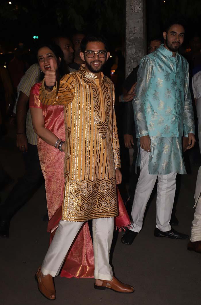 The Bachchans\' Big Diwali Bash: Shah Rukh Khan, Anushka Sharma, Akshay Kumar And Others Add Star Power