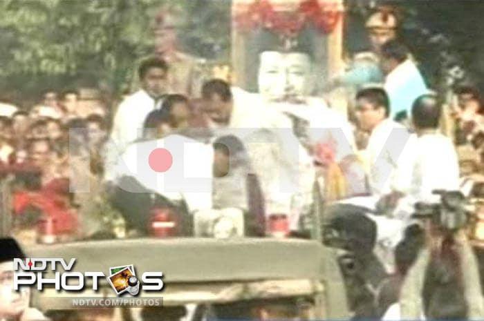 Last rites of Bhupen Hazarika: The legend\'s last journey
