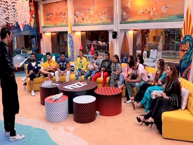 Bigg Boss 12: घर में हुई विकास गुप्ता और शिल्पा शिंदे की एंट्री