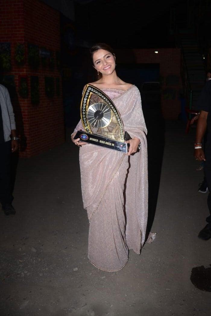 At The Bigg Boss 14 Finale, Disha Parmar Cheered For Boyfriend Rahul Vaidya