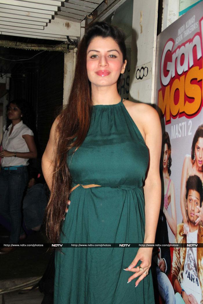 The Grand Masti girls live it up