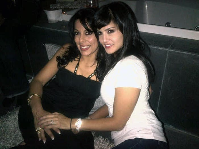 Pooja\'s party for her Bigg Boss friends