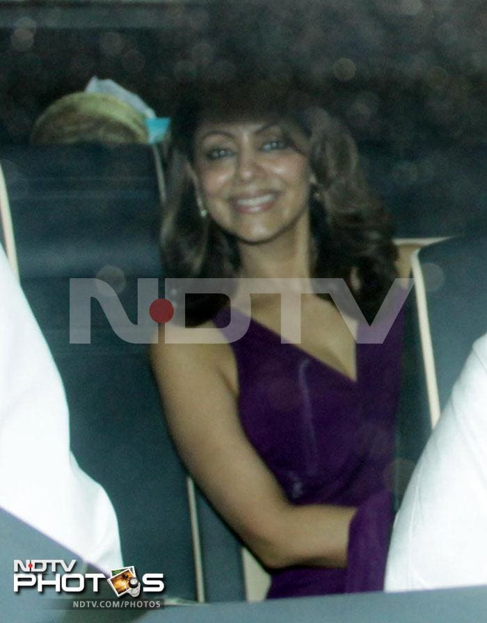 Big stars at Ambanis\' party for Spielberg
