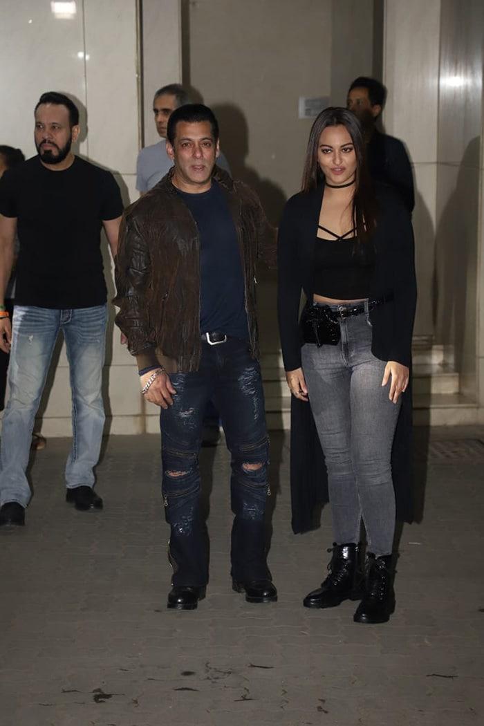 सलमान खान की बर्थडे पार्टी में इन सितारों ने की शिरकत...