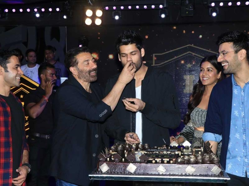 Sunny Deol And Karan Kapadia Wrap-Up Blank And Celebrate