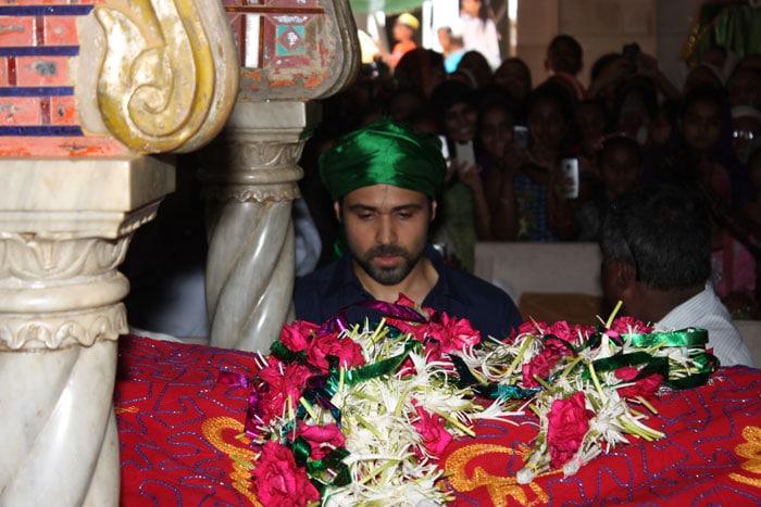Emraan Hashmi visits Haji Ali Dargah