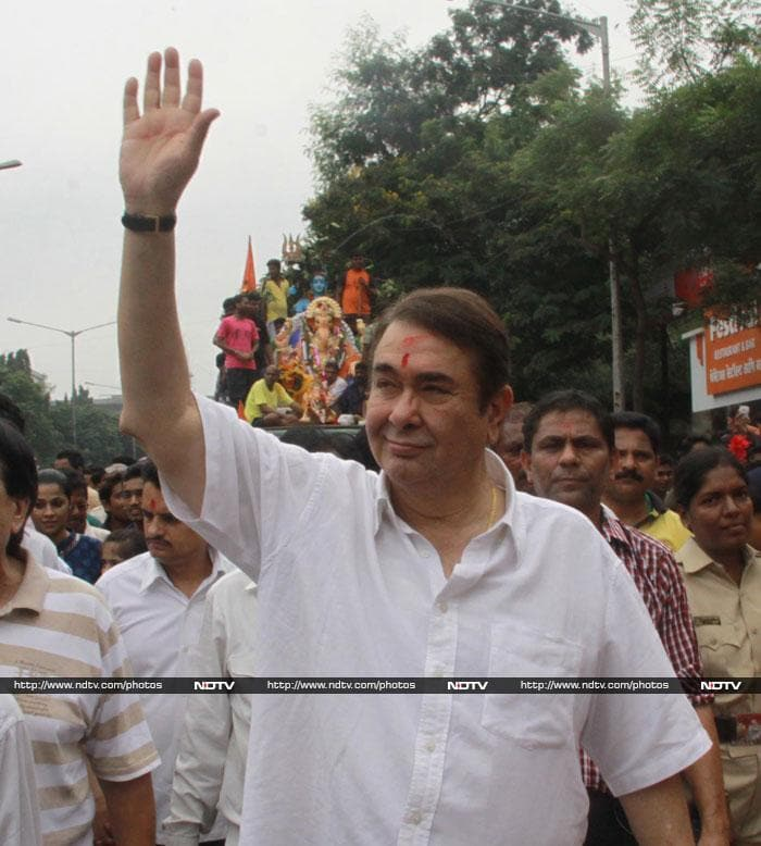 The Kapoors say farewell to Ganpati