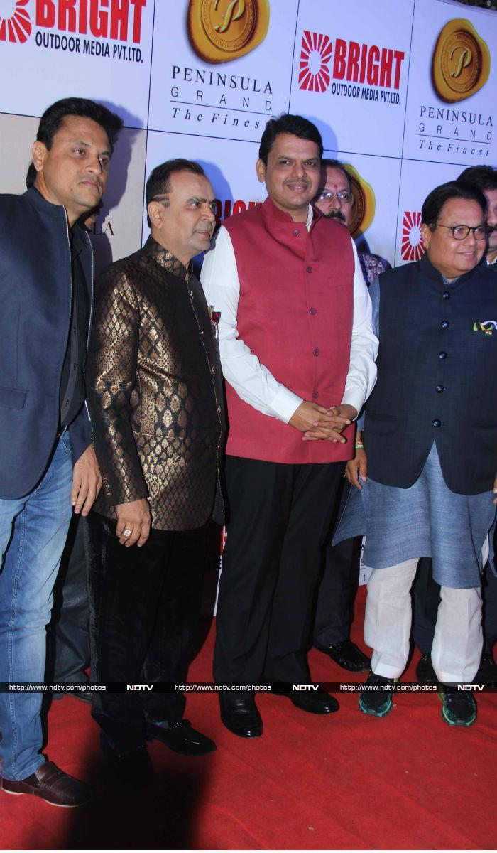 A Bright Night In Mumbai With Hrithik, Ranbir And Daisy
