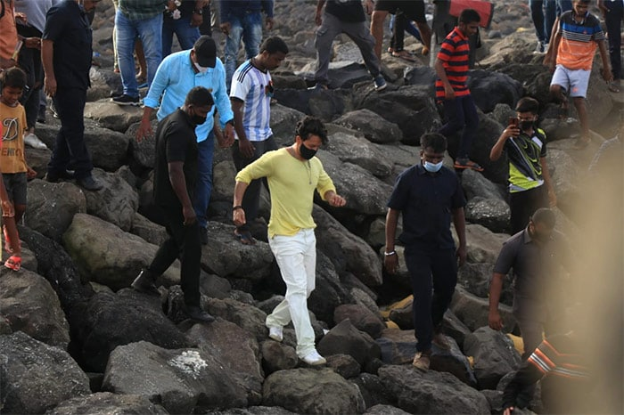 Busy Bee Tiger Shroff Answers The Work Call