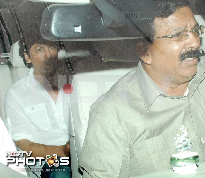 SRK visits critically injured Charu Khandal