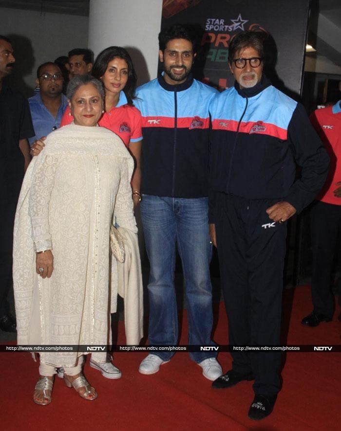 Celebrity Roll Call: Sachin, Aamir, Ash, SRK Cheer for Abhishek\'s Kabbadi Team