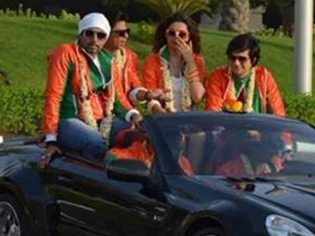 SRK, Deepika, Abhishek on a Dubai drift