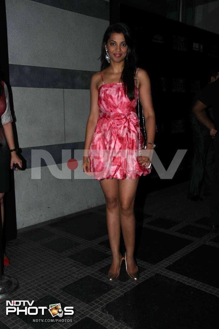 Deepika, Nargis and Ranbir, what a party!