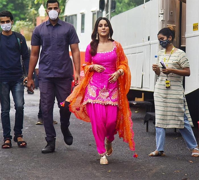 Cuteness Overload: Shehnaaz Gill And Sidharth Shukla On The Sets Of Bigg Boss OTT