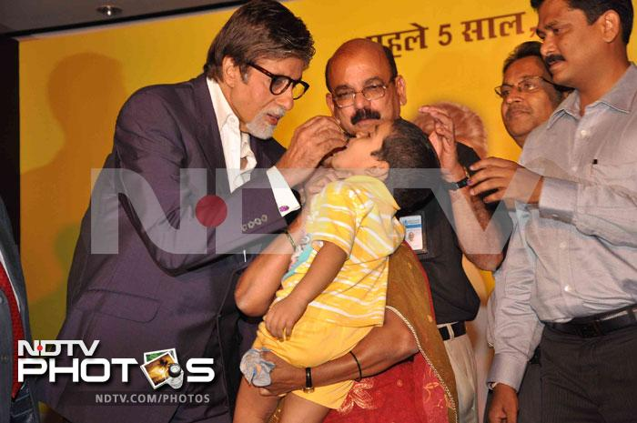 Big B launches polio campaign