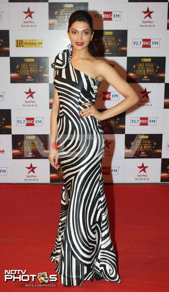 At 27 lifes a heady cocktail for deepika padukone 123 voltagebd Gallery