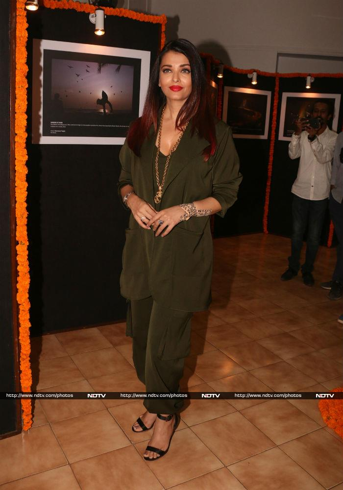 All About Deepika\'s \'Drama\' And Aishwarya\'s Envious Green Look