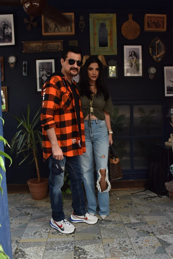 Celebrity couple Sanjay Kapoor and Maheep Kapoor were photographed after a shoot in Juhu