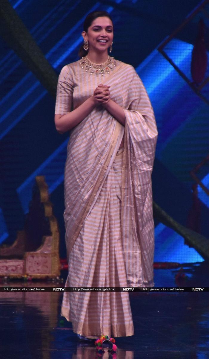 Deepika Padukone\'s Ghoomar For Padmavati